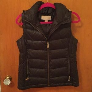 Michael kors size S olive green puffer vest